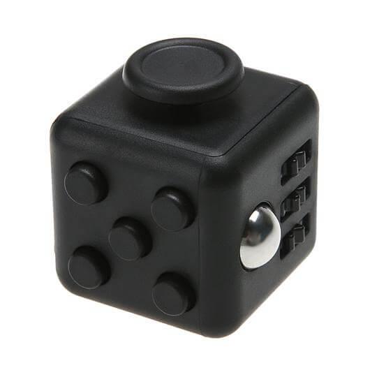 Fidget-Cube-blogforest